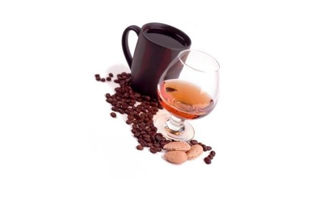 Amaretto s kávou
